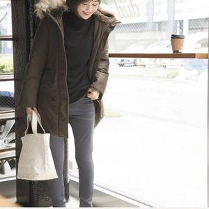UNIQLO Hybrid Ultra Warm Fur Hooded Parka Coat XL